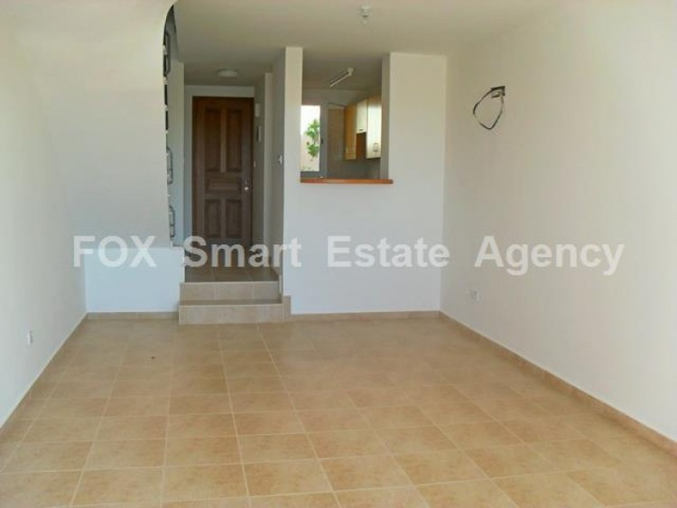 For Sale 2 Bedroom Semi-detached House in Peyia, Pegeia, Paphos 3