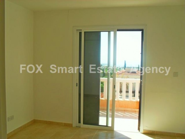 For Sale 2 Bedroom Semi-detached House in Peyia, Pegeia, Paphos 5