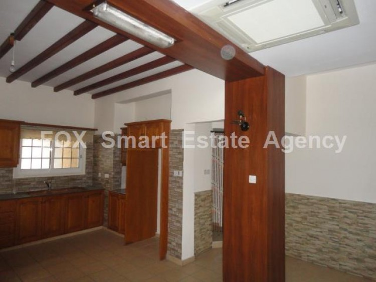 For Sale 2 Bedroom Ground floor Apartment in Drosia, Larnaca 4
