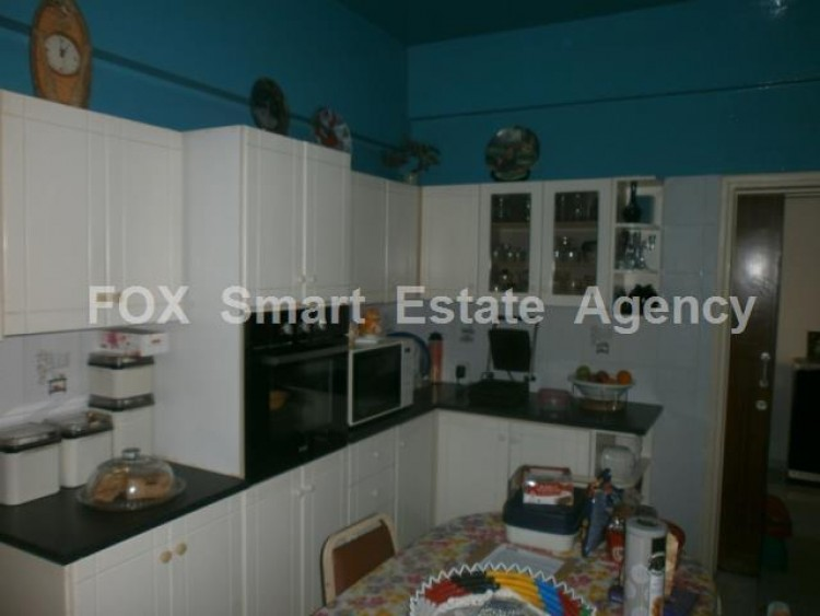 For Sale 3 Bedroom Apartment in Chrysopolitissa area, Chrysopolitissa, Larnaca 2
