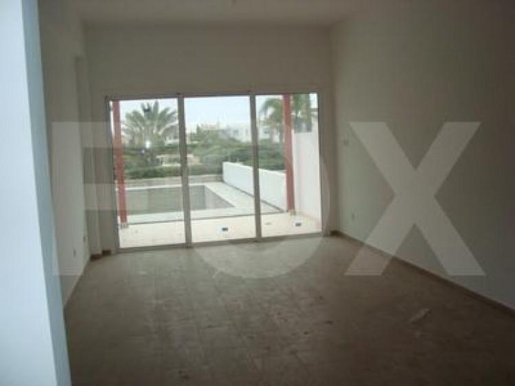 For Sale 2 Bedroom Ground floor Apartment in Pervolia , Perivolia Larnakas, Larnaca