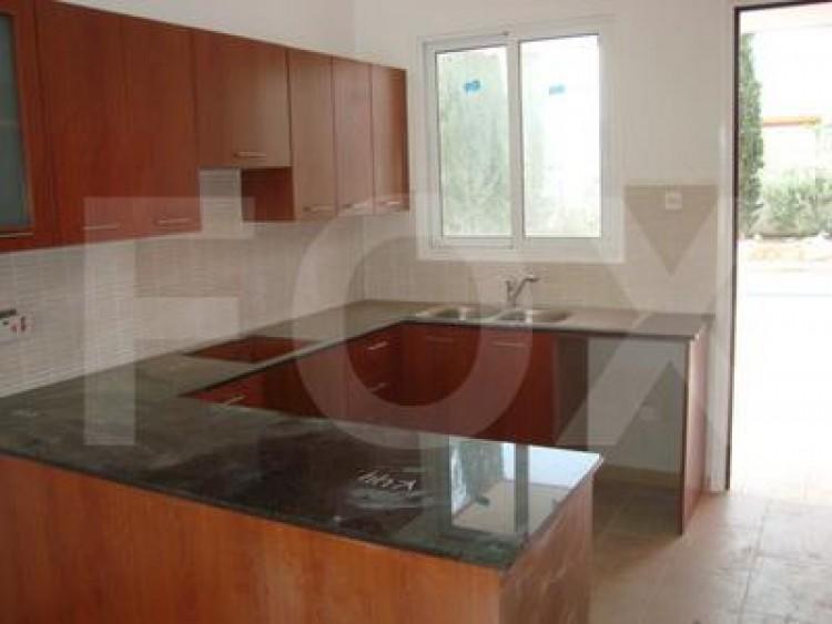 For Sale 2 Bedroom Ground floor Apartment in Pervolia , Perivolia Larnakas, Larnaca 4