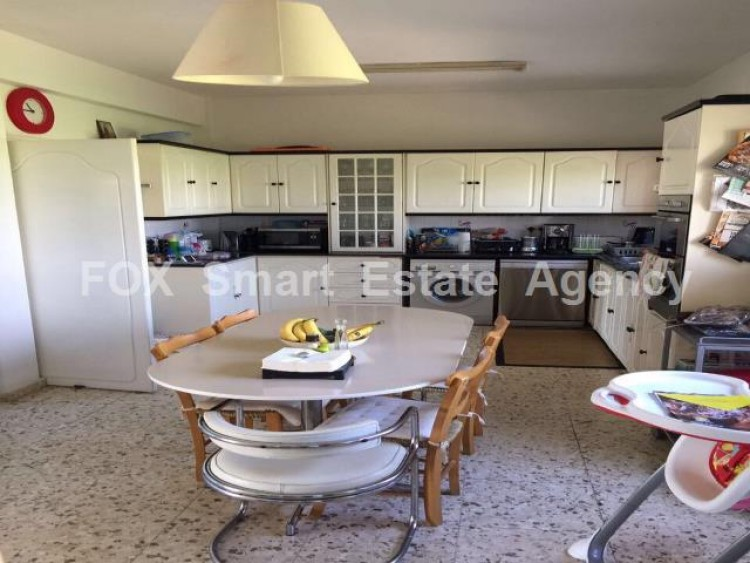For Sale 4 Bedroom  House in Xylotymvou, Larnaca 5