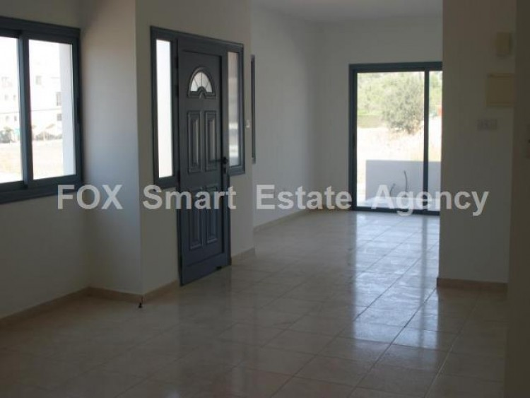 For Sale 3 Bedroom Semi-detached House in Geroskipou, Paphos 3