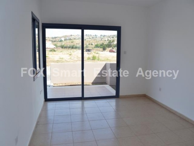 For Sale 3 Bedroom Semi-detached House in Geroskipou, Paphos 4