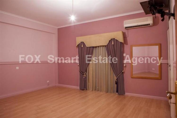 For Sale 3 Bedroom Upper floor (2-floor building) House in Akropolis, Nicosia 10