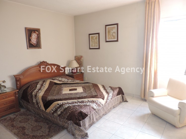 For Sale 3 Bedroom Top floor Apartment in Akropolis, Nicosia 4 16 10