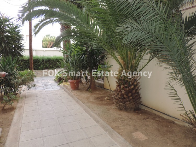 For Sale 3 Bedroom Top floor Apartment in Akropolis, Nicosia 4 2