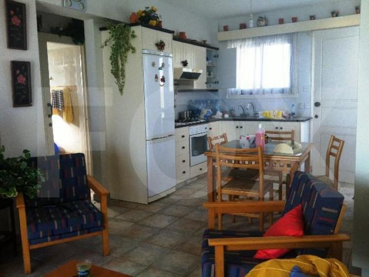 For Sale 2 Bedroom Top floor Apartment in Pervolia , Perivolia Larnakas, Larnaca 3