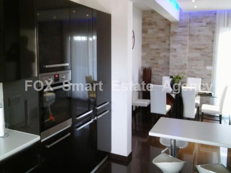For Sale 3 Bedroom Top floor Apartment in Sotiros, Larnaca, Larnaca 12