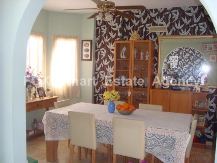 For Sale 3 Bedroom Detached House in Empa, Paphos 9