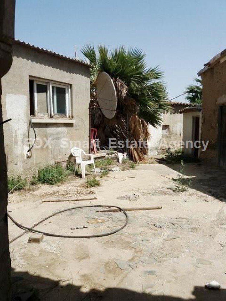 For Sale 2 Bedroom  House in Pallouriotissa, Nicosia 3