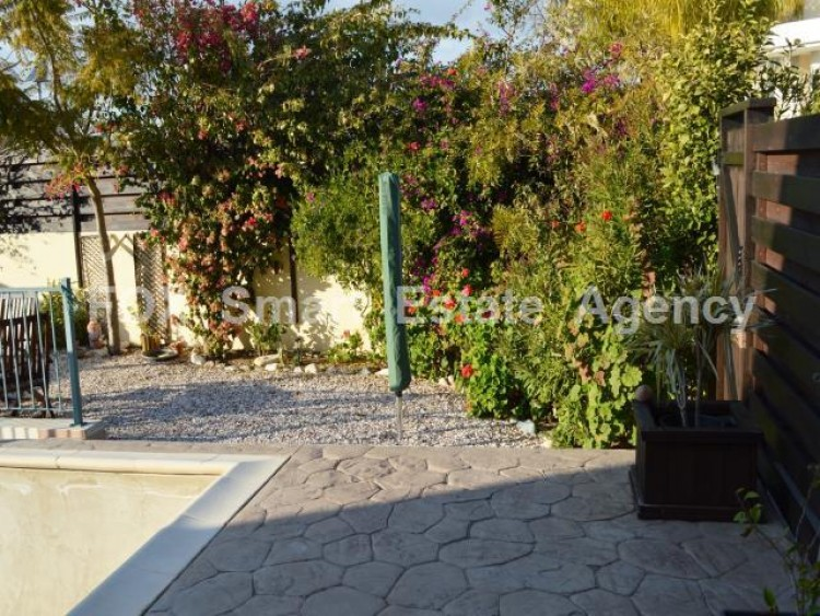 For Sale 2 Bedroom Detached House in Mazotos, Larnaca 18