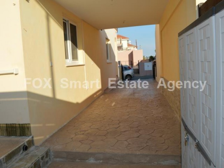 For Sale 2 Bedroom Detached House in Mazotos, Larnaca 22