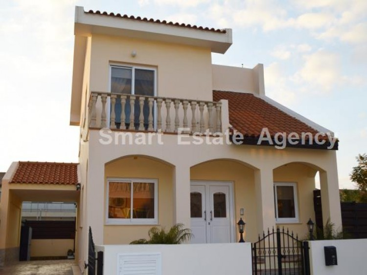 For Sale 2 Bedroom Detached House in Mazotos, Larnaca 24