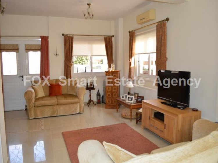 For Sale 2 Bedroom Detached House in Mazotos, Larnaca 3