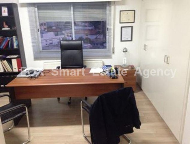 For Sale 4 Bedroom Apartment in Akropolis, Nicosia 7