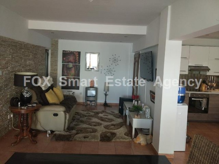 For Sale 3 Bedroom Ground floor Apartment in New hospital area, Larnaca 3