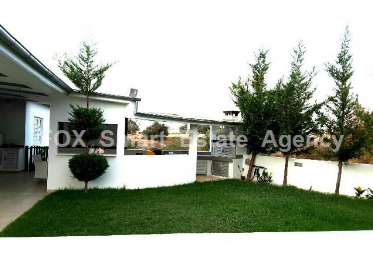 For Sale 4 Bedroom Detached House in Kalo Chorio Oreinis, Nicosia 9