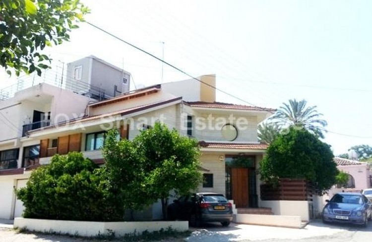 For Sale 4 Bedroom Semi-detached House in Pallouriotissa, Nicosia 2