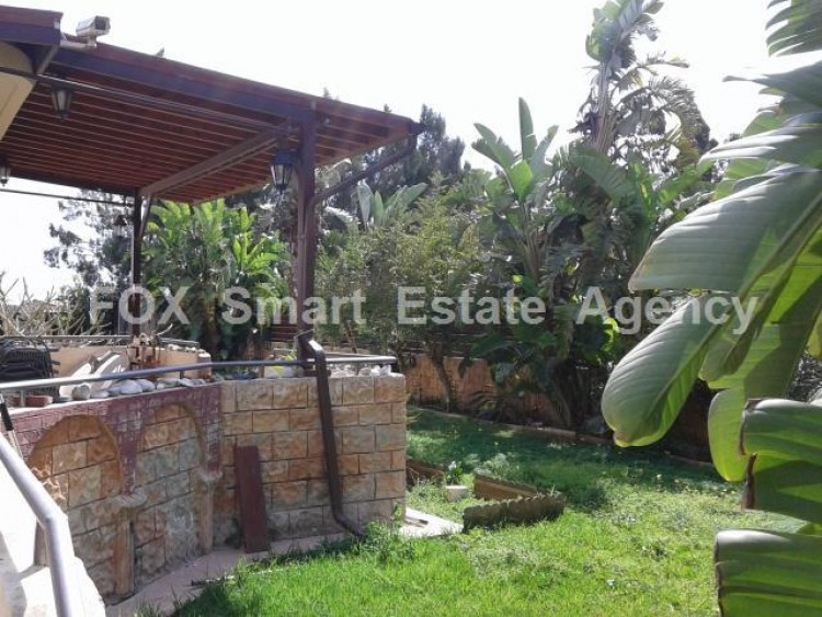 For Sale 5 Bedroom Detached House in Dromolaxia, Larnaca 7