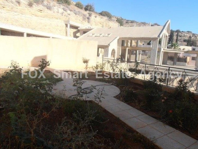 For Sale 5 Bedroom Detached House in Agia paraskevi, Germasogeia, Limassol 11