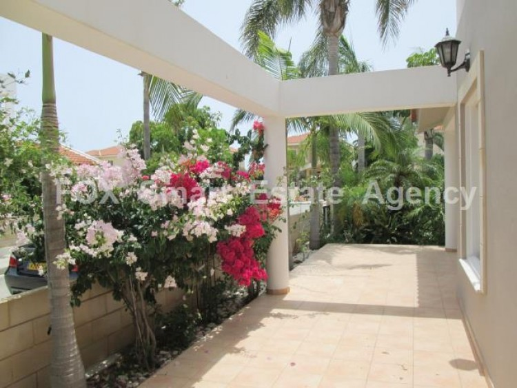 For Sale 3 Bedroom Detached House in Meneou, Larnaca 13