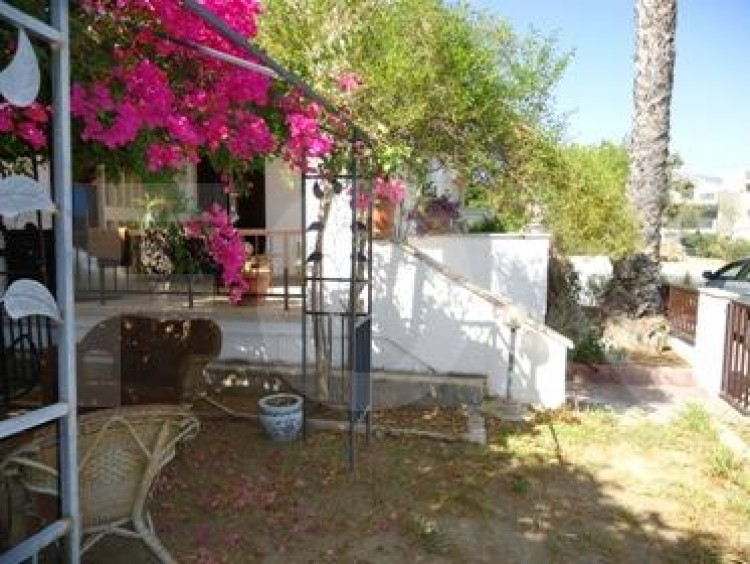 For Sale 3 Bedroom Detached House in Aglantzia, Nicosia 2