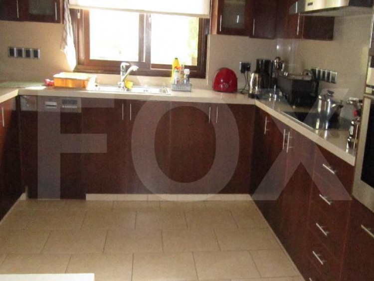 For Sale 4 Bedroom Semi-detached House in Makedonitissa, Nicosia 2