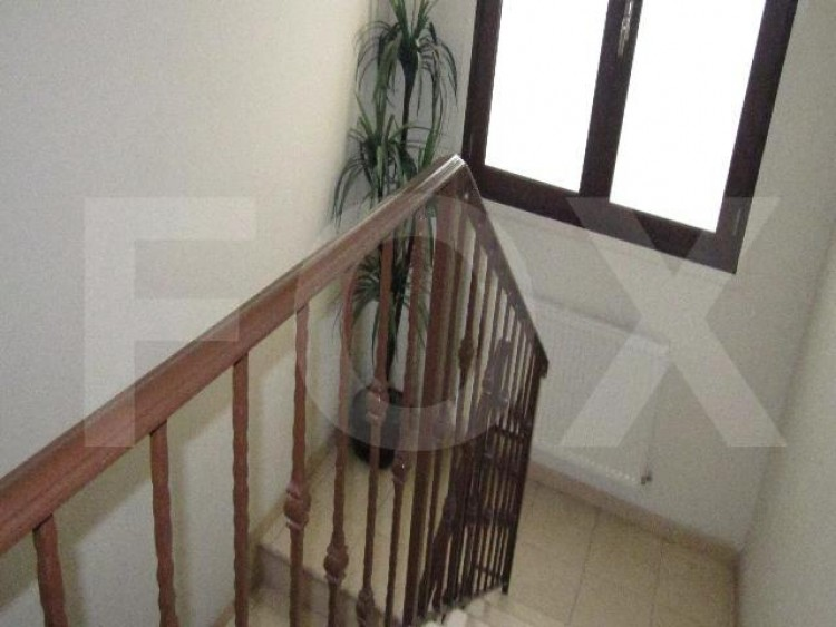 For Sale 4 Bedroom Semi-detached House in Makedonitissa, Nicosia 6
