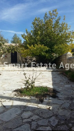 For Sale 2 Bedroom  House in Lofou, Limassol 15