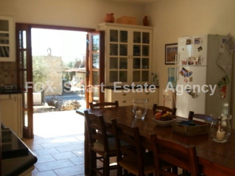 For Sale 4 Bedroom Detached House in Anogyra, Limassol 10