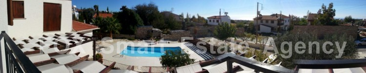 For Sale 4 Bedroom Detached House in Anogyra, Limassol 3