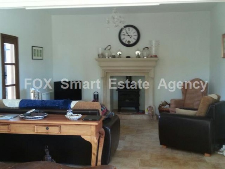 For Sale 4 Bedroom Detached House in Anogyra, Limassol 8