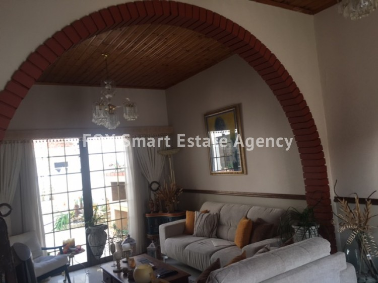 For Sale 2 Bedroom Bungalow (Single Level) House in  Limassol 2