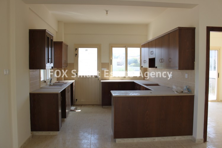 For Sale 4 Bedroom Detached House in Pyla, Larnaca 10