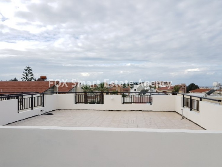 For Sale 2 Bedroom Top floor Apartment in Pafos, Paphos 11