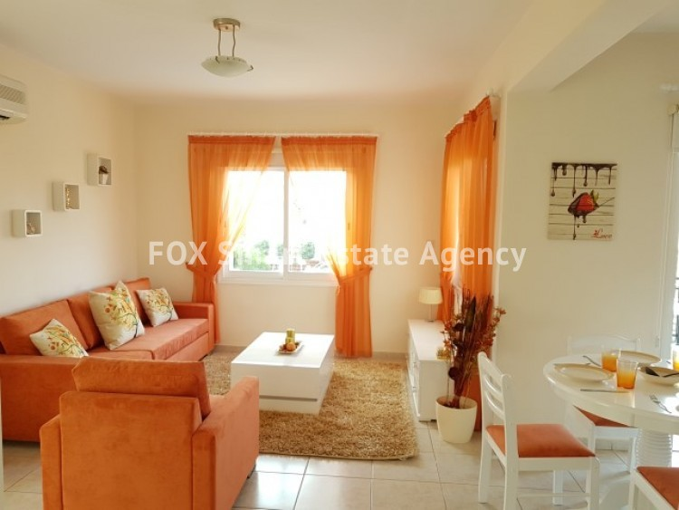 For Sale 2 Bedroom Top floor Apartment in Pafos, Paphos 3