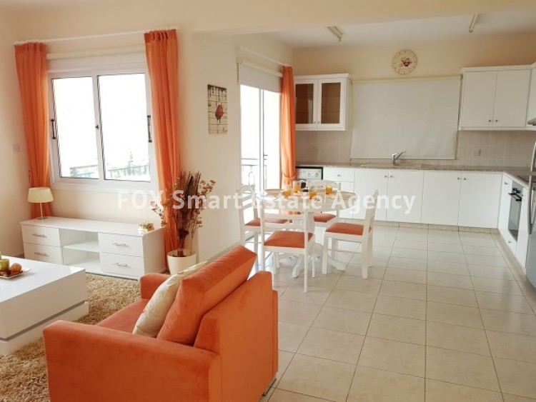 For Sale 2 Bedroom Top floor Apartment in Pafos, Paphos 4