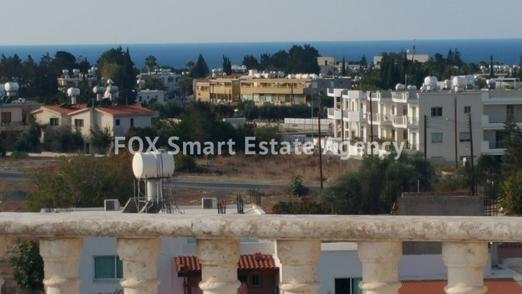 For Sale 2 Bedroom Top floor with roof garden Apartment in Pafos, Paphos 2