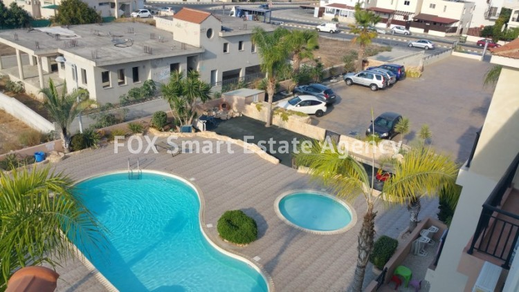 For Sale 2 Bedroom Top floor with roof garden Apartment in Pafos, Paphos 3