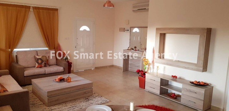 For Sale 3 Bedroom Semi-detached House in Pafos, Paphos 5