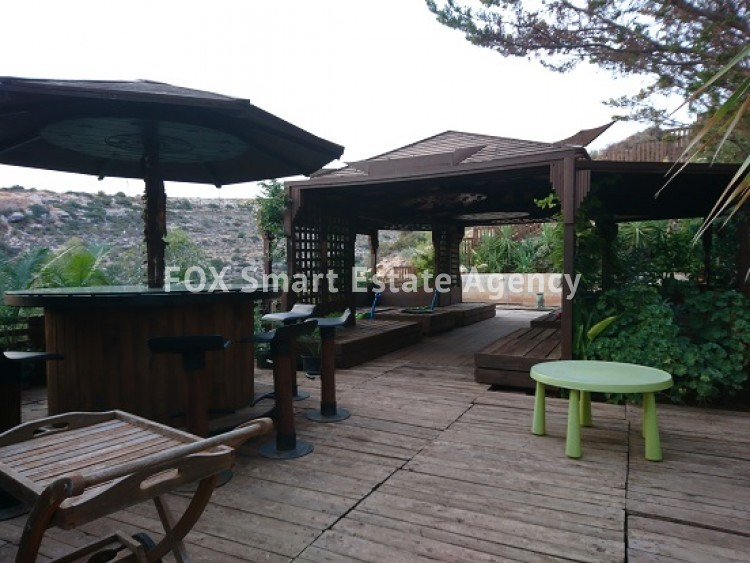 For Sale 4 Bedroom Detached House in Laiki leykothea, Agia Fylaxis, Limassol 3