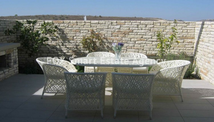 For Sale 3 Bedroom Bungalow (Single Level) House in Tsada, Paphos