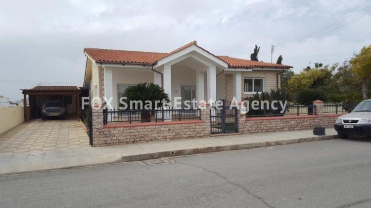 For Sale 2 Bedroom Bungalow (Single Level) House in Kiti, Larnaca