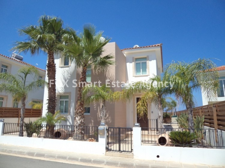 Holiday Let 3 Bedroom Detached house with Private Pool in Cape Greco