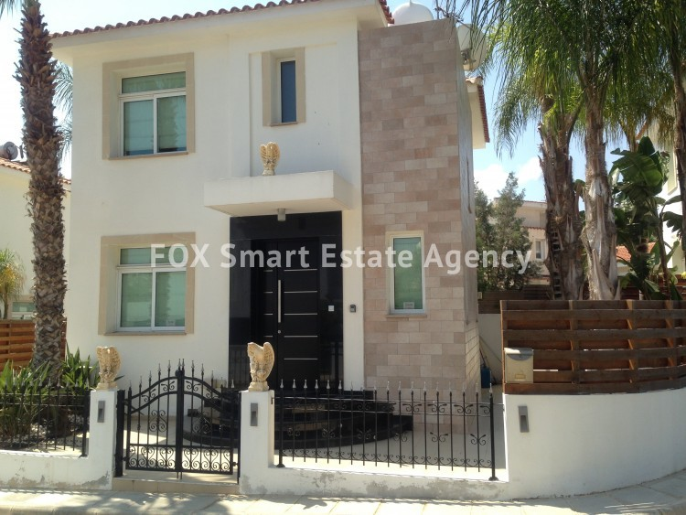 Holiday Let 4 Bedroom Detached house with Private Pool in Cape Greco