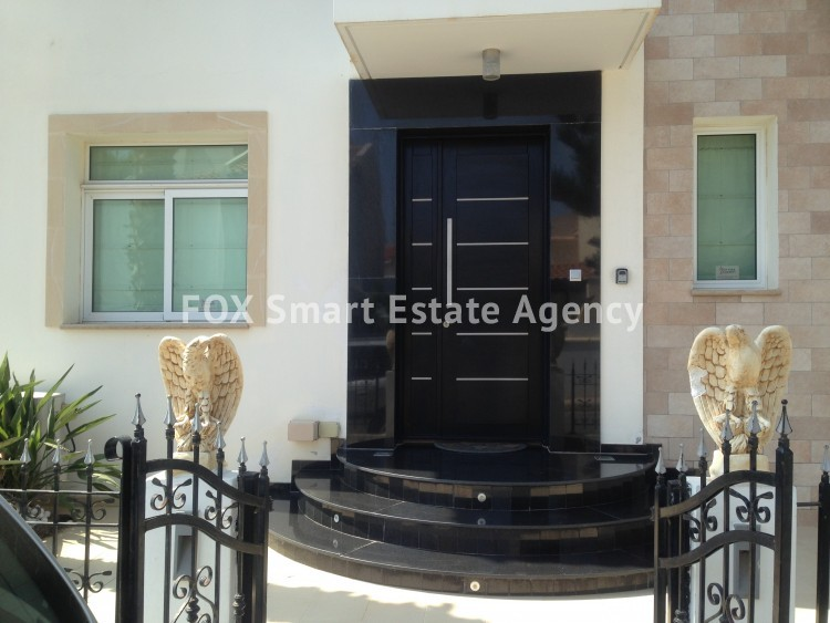 Holiday Let 4 Bedroom Detached house with Private Pool in Cape Greco 2