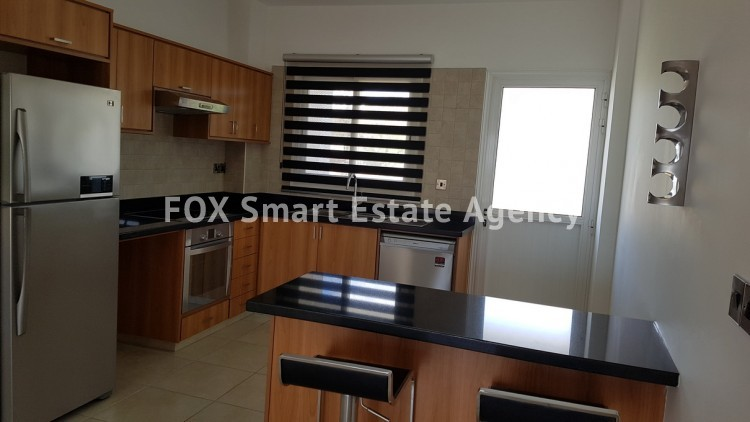 For Sale 2 Bedroom Whole floor Apartment in Pafos, Paphos 7