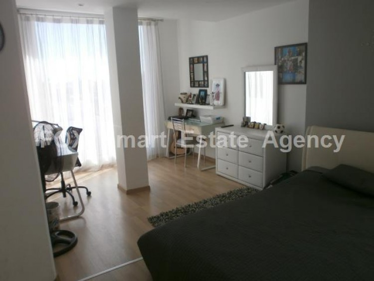For Sale 5 Bedroom  House in Apostolos loukas, Aradippou, Larnaca 11